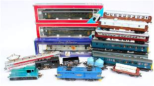 Lima HO Train Lot with 5 Engines