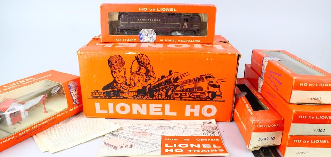 Lionel HO Train Set In Box - 2