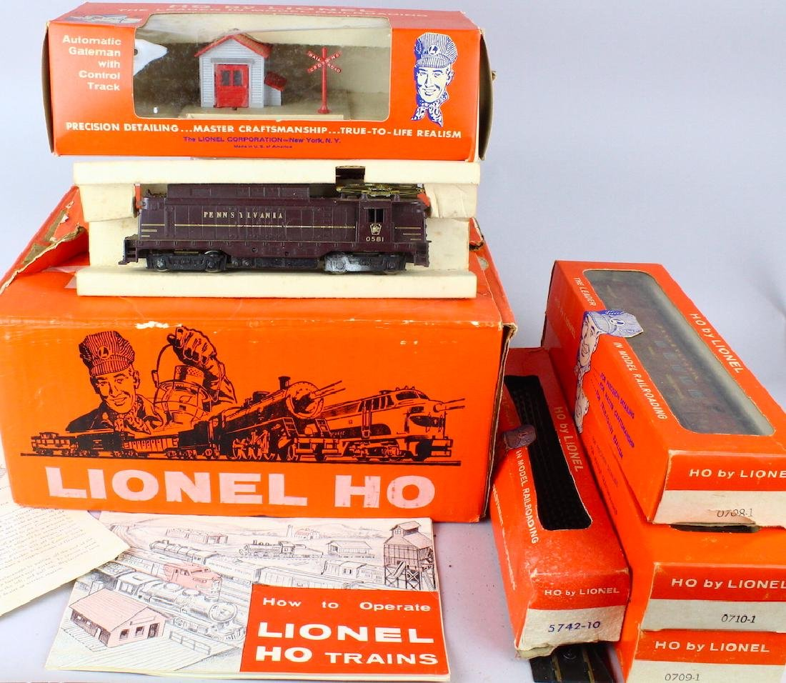 Lionel HO Train Set In Box - 5
