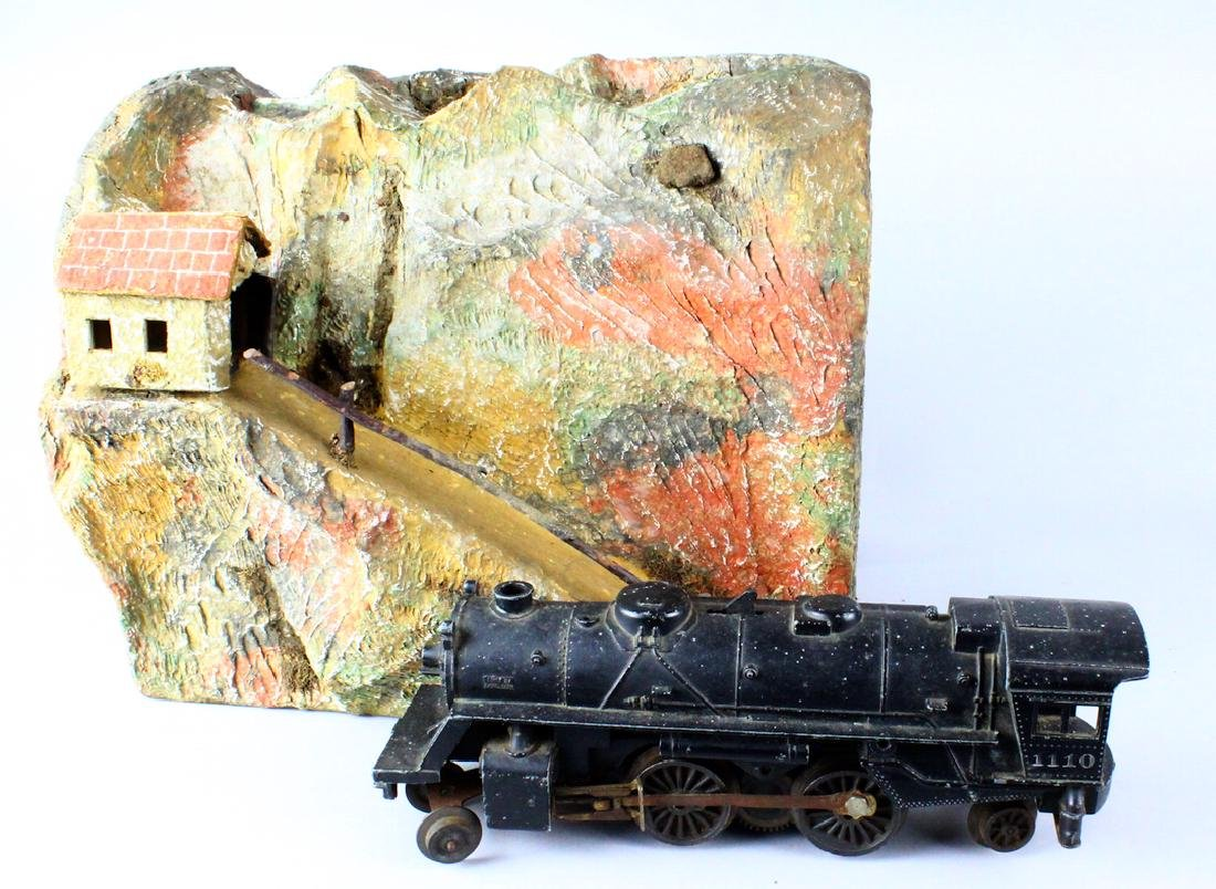 Lionel 1011 Engine and Mountain Tunnel - 3