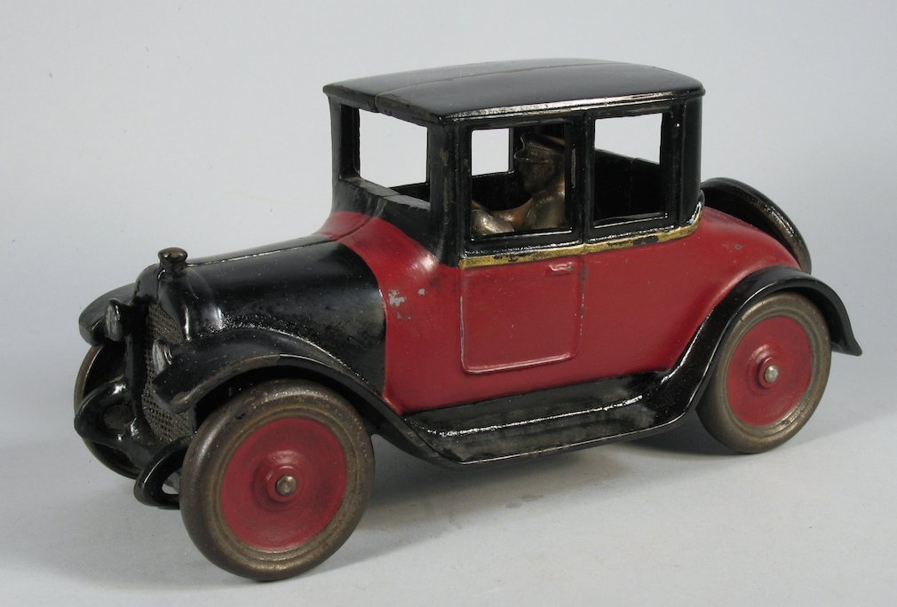 1928 Large Arcade Dodge Coupe & Driver