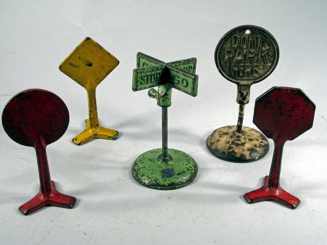 Arcade/ Hubley 20's Cast Iron Street Signs - 2