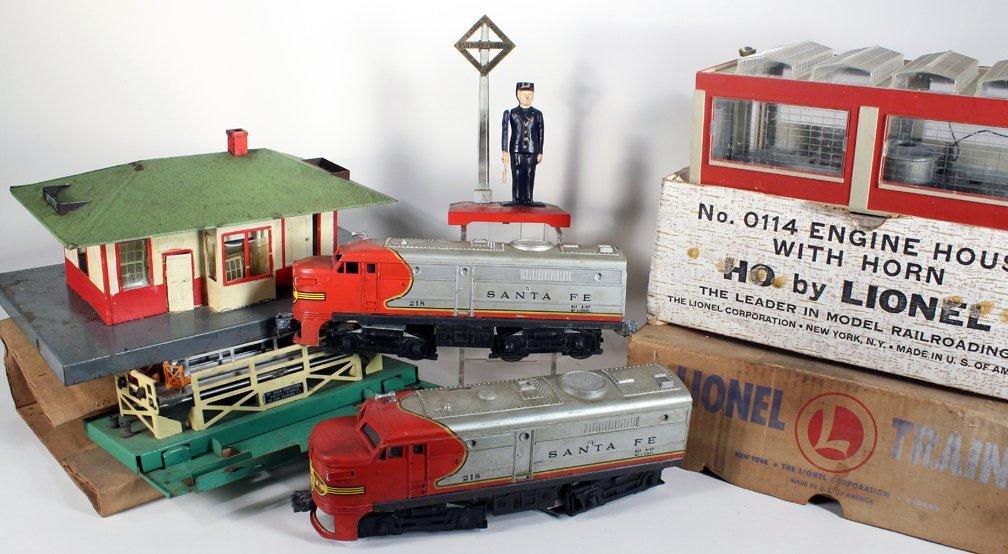 Lionel Santa Fe Engine and Accessories