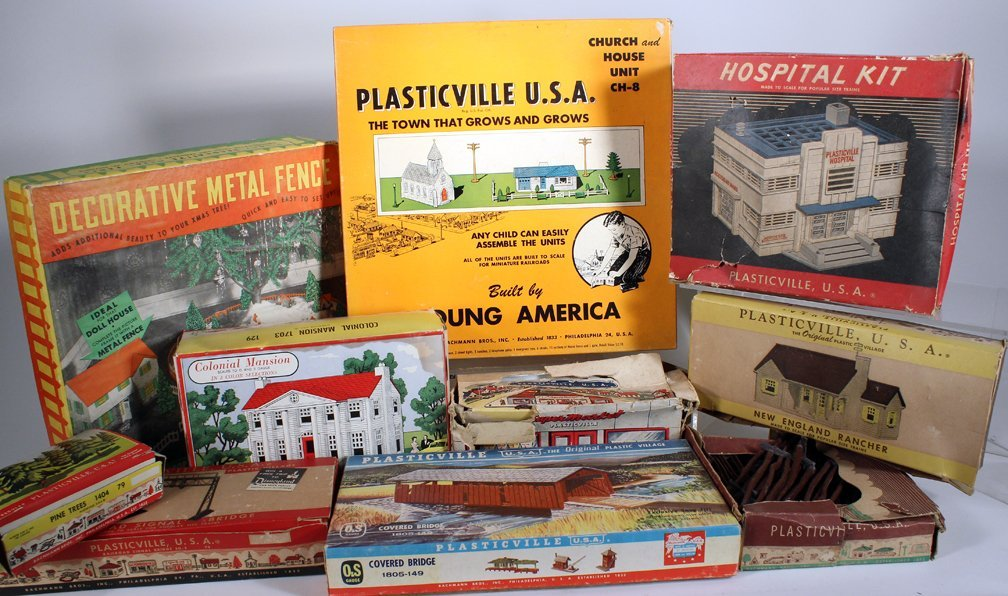 Plasticville Buildings and Accessories Lot