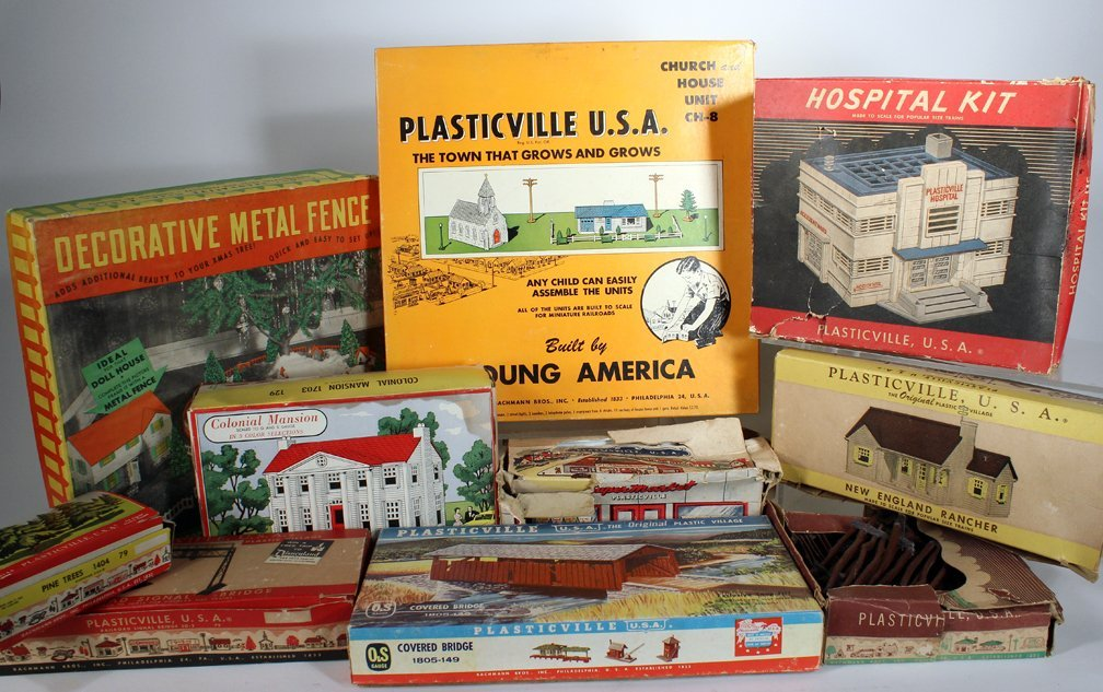 Plasticville Buildings and Accessories Lot - 2