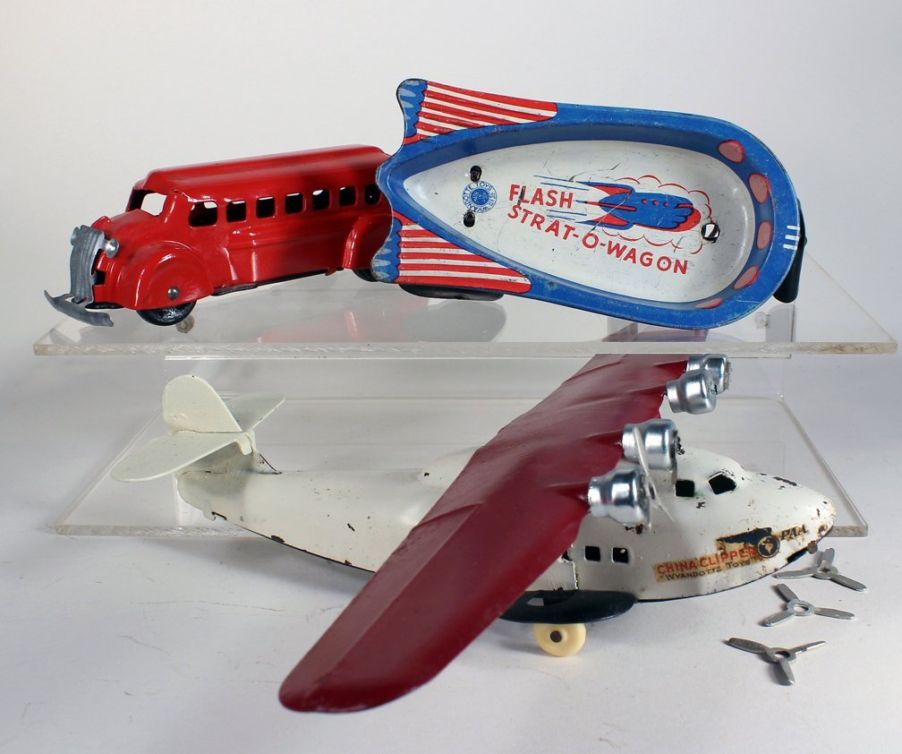 Wyandotte Airplane, Bus and Strat-O-Wagon
