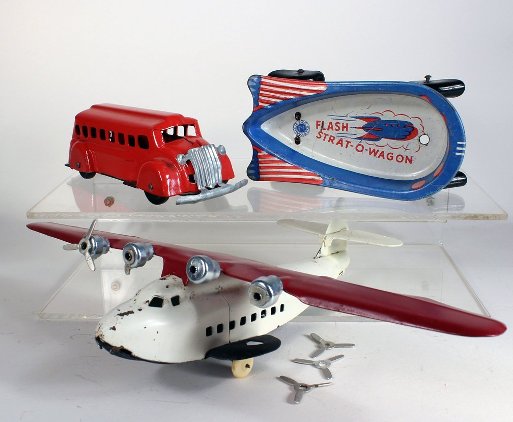 Wyandotte Airplane, Bus and Strat-O-Wagon - 2