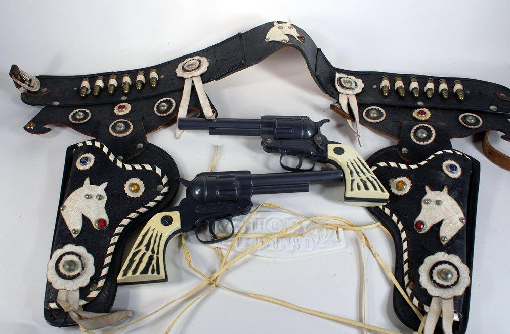 Nichols Cap Gun Set & Top Hand Double Holster Belt - 4