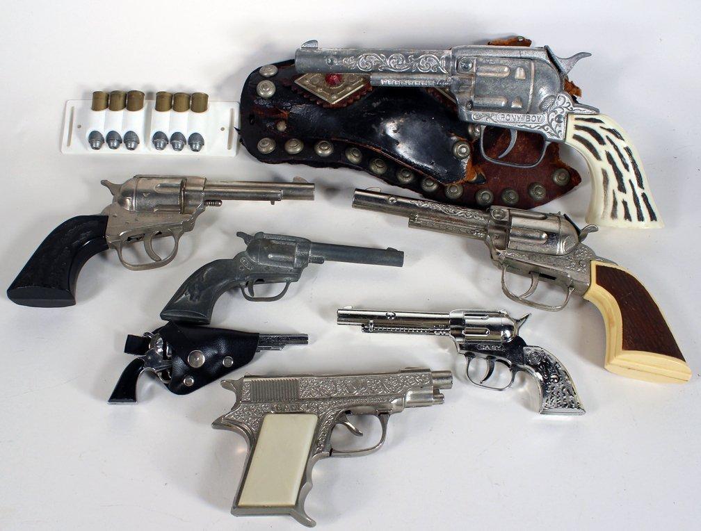Hubley Cap Gun Lot of 7 & Holster
