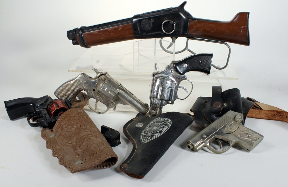 5 Cap Gun Pistols & Short Shotgun & Holsters - 2