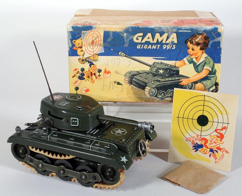 Gama German Tin Tank in Box
