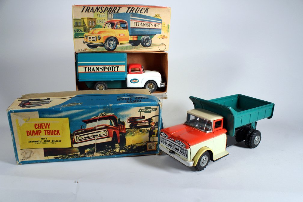 Japan Boxed Chevy Dump Truck & Boxed Transport Truck