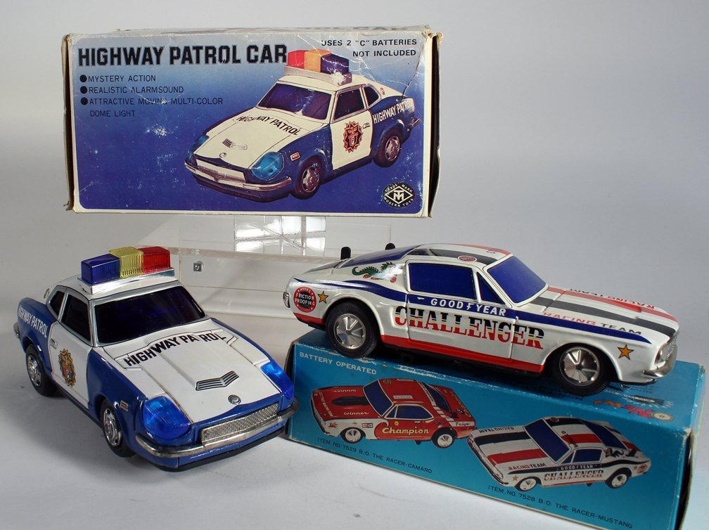 Japan Tin Boxed Dodge Challenger & MT Highway Patrol