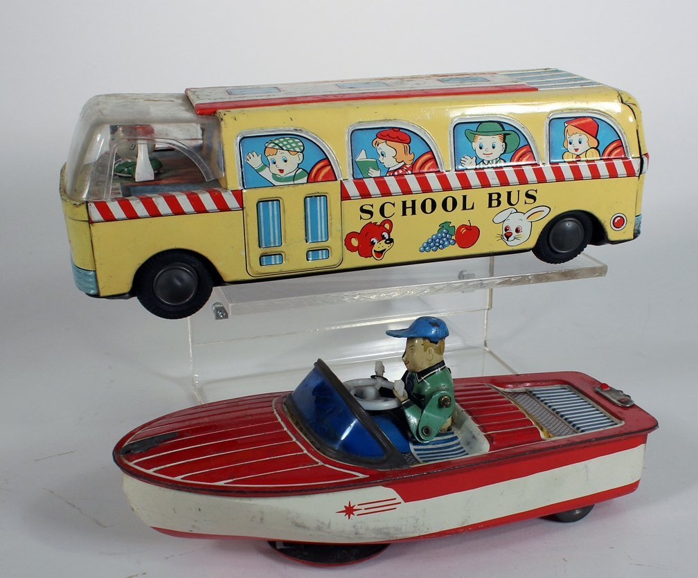 Japan Tin Crank Driving Boat and School Bus