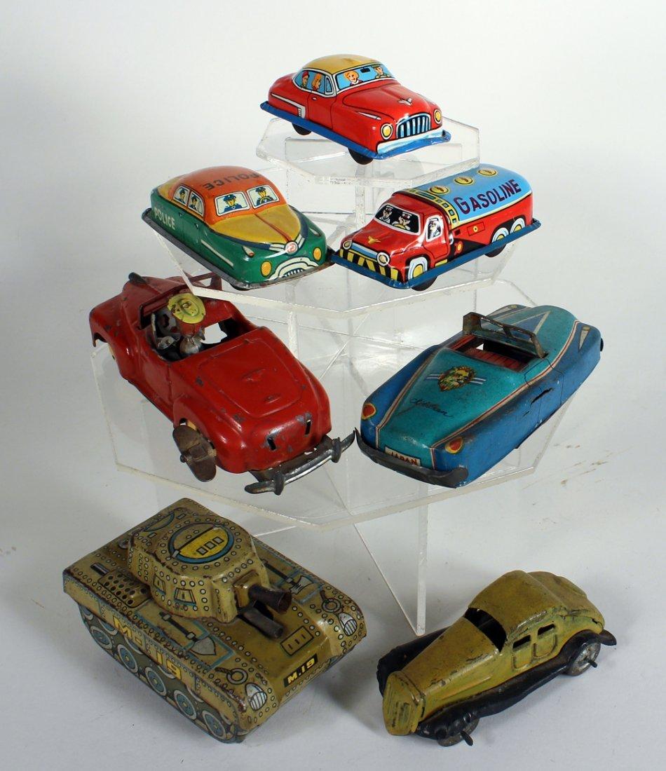 7 Japan Tin Cars & Tank