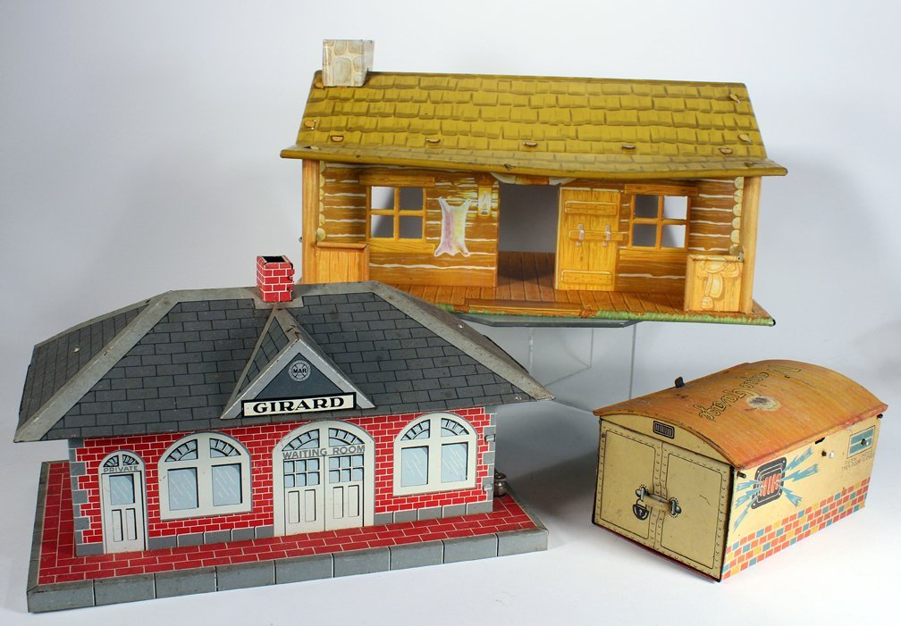 Marx Schuco & Girard Tin Buildings Garage & Train - 2