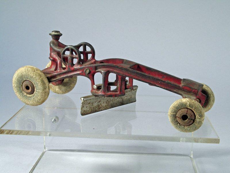Kenton Road Grader Cast Iron - 2