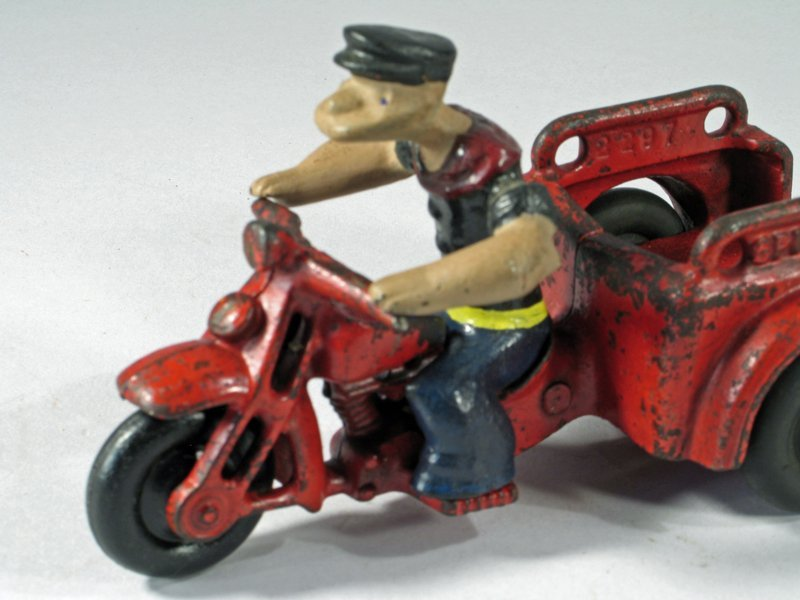 Hubley Popeye Motorcycle Trike - 5