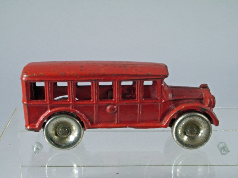 Arcade Cast Iron Fageol Bus - 2