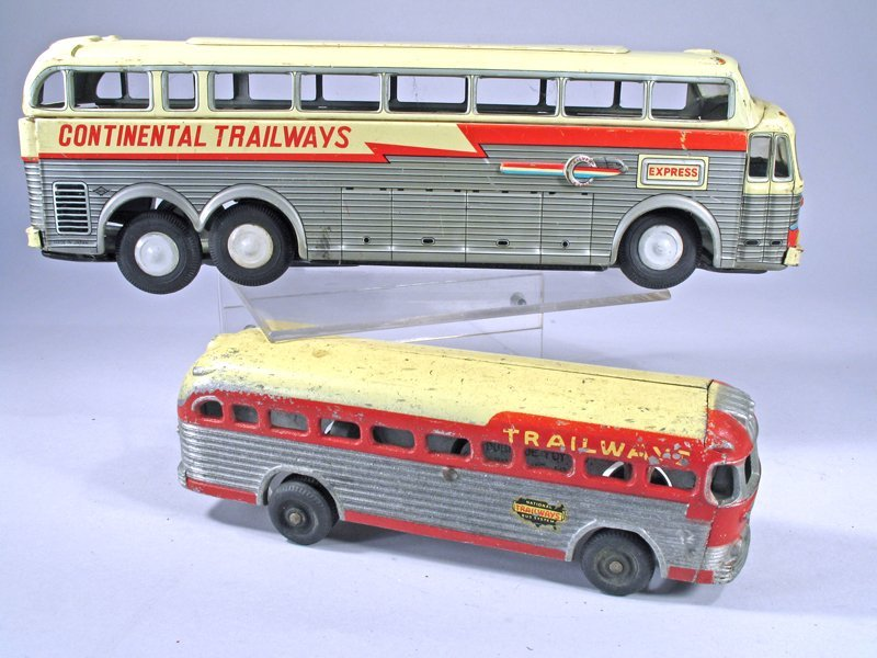 Tin Bus Lot Continental Trailways Dubuque - 2