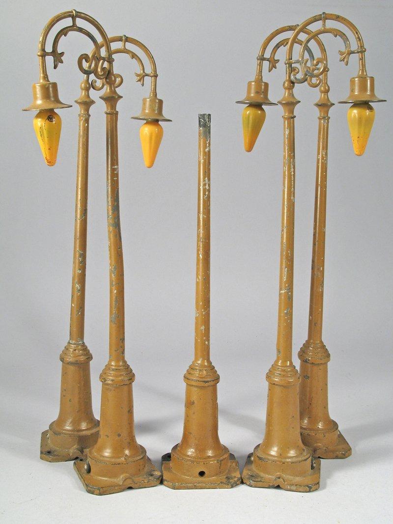 Lionel Standard Guage Cast Iron Lamp Post Lot