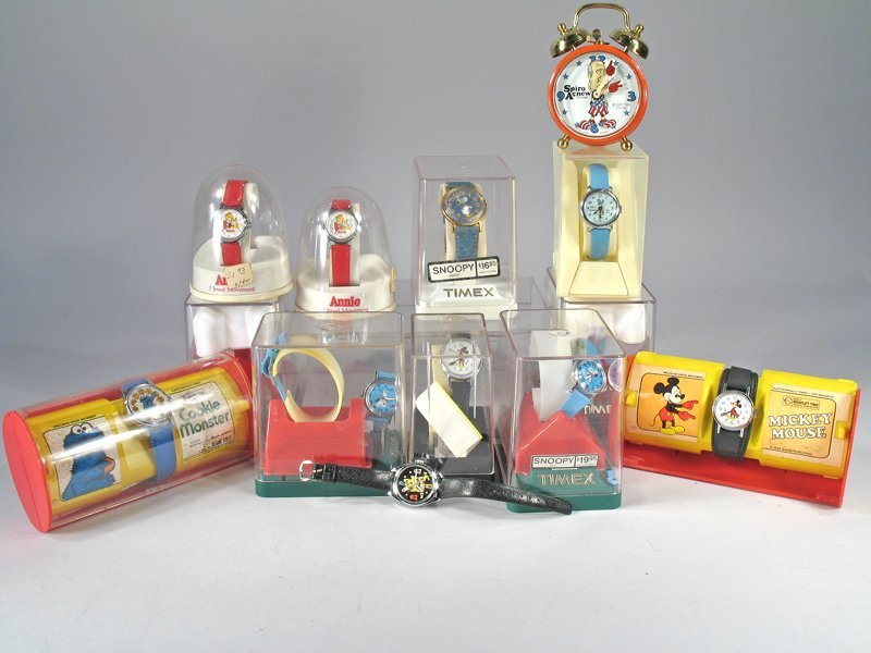 Walt Disney Cartoon Watch Lot NOS