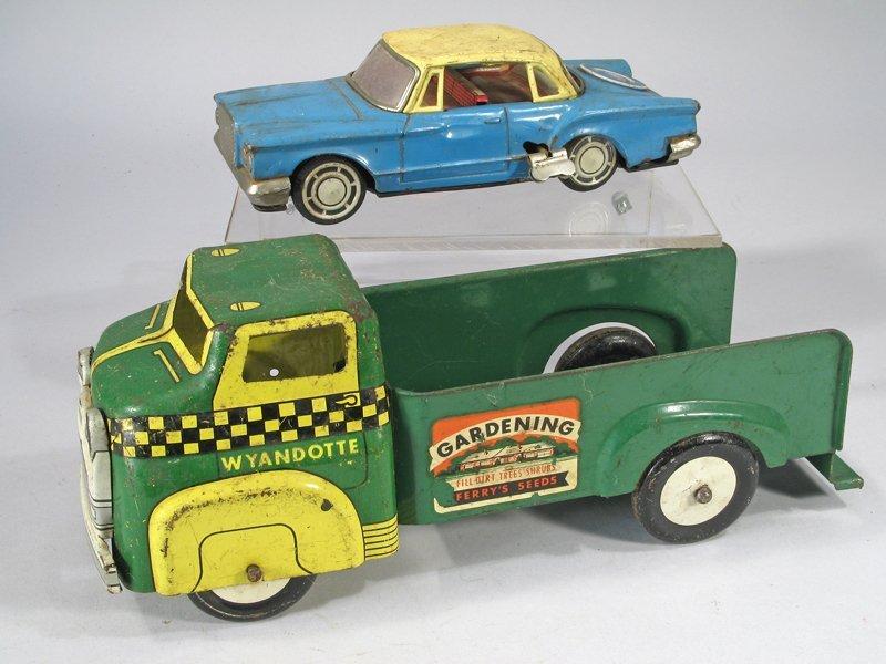 Wyandotte Gardening Truck Lot
