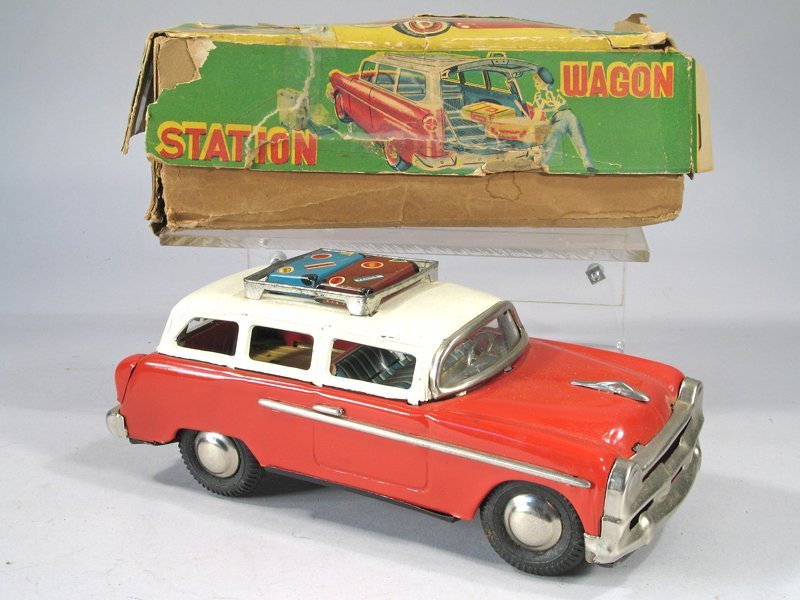 Japan Tin Ford Town And Country Station Wagon In Box - 3