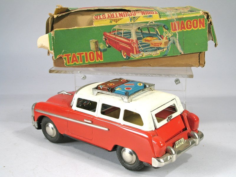 Japan Tin Ford Town And Country Station Wagon In Box - 4