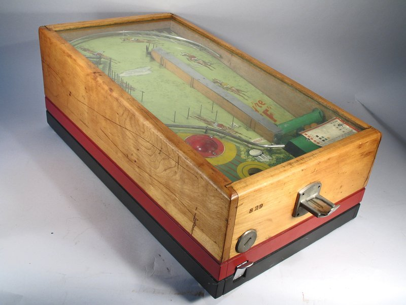They\'re Off! Table Top Pin Ball Machine - 3