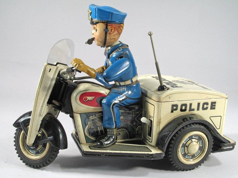 Nomura Police Patrol Cop On Trike Japan - 2