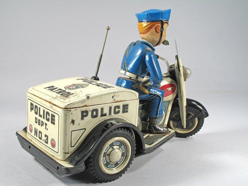 Nomura Police Patrol Cop On Trike Japan - 3