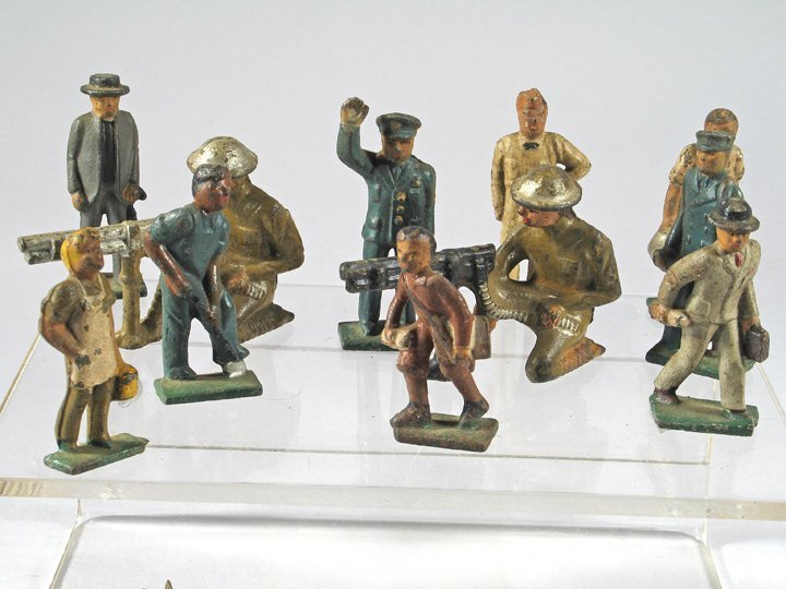 Manoil Figure Lot - 2