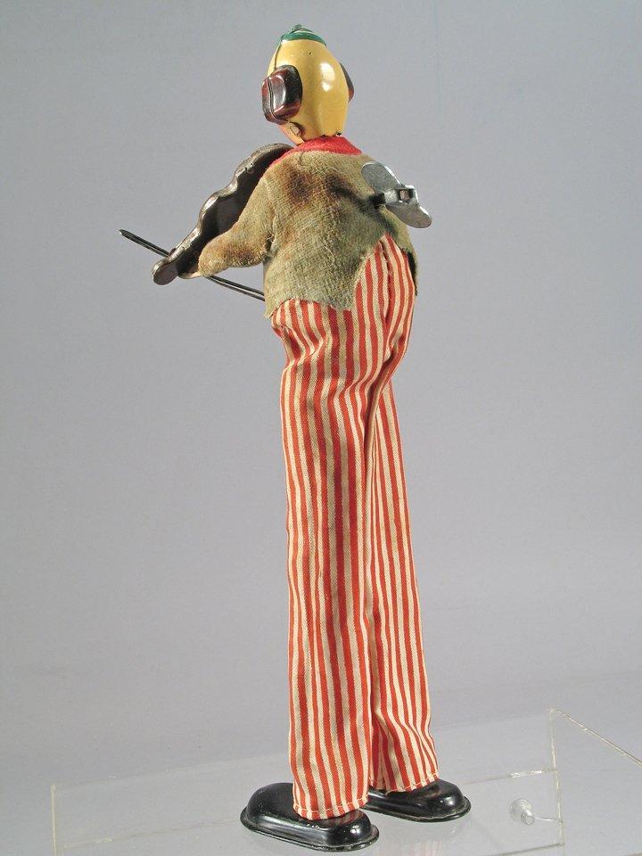 TPS Violin Playing Clown On Stilts Japan - 2