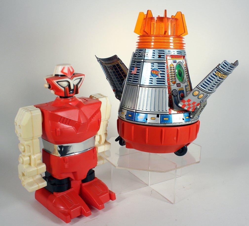 SH Japan Tin Space Capsule & Astronaut & Robot