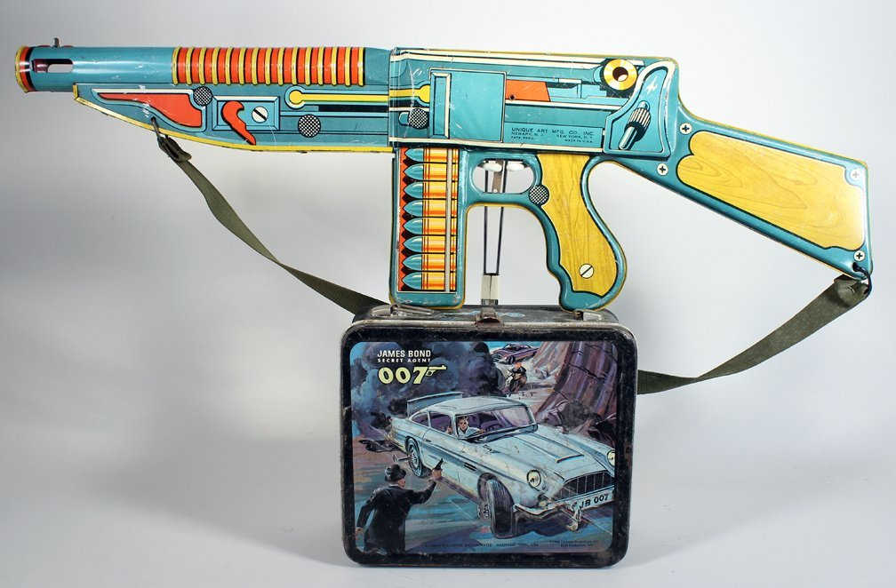 James Bond 007 Lunch Box & Unique Art Machine Gun