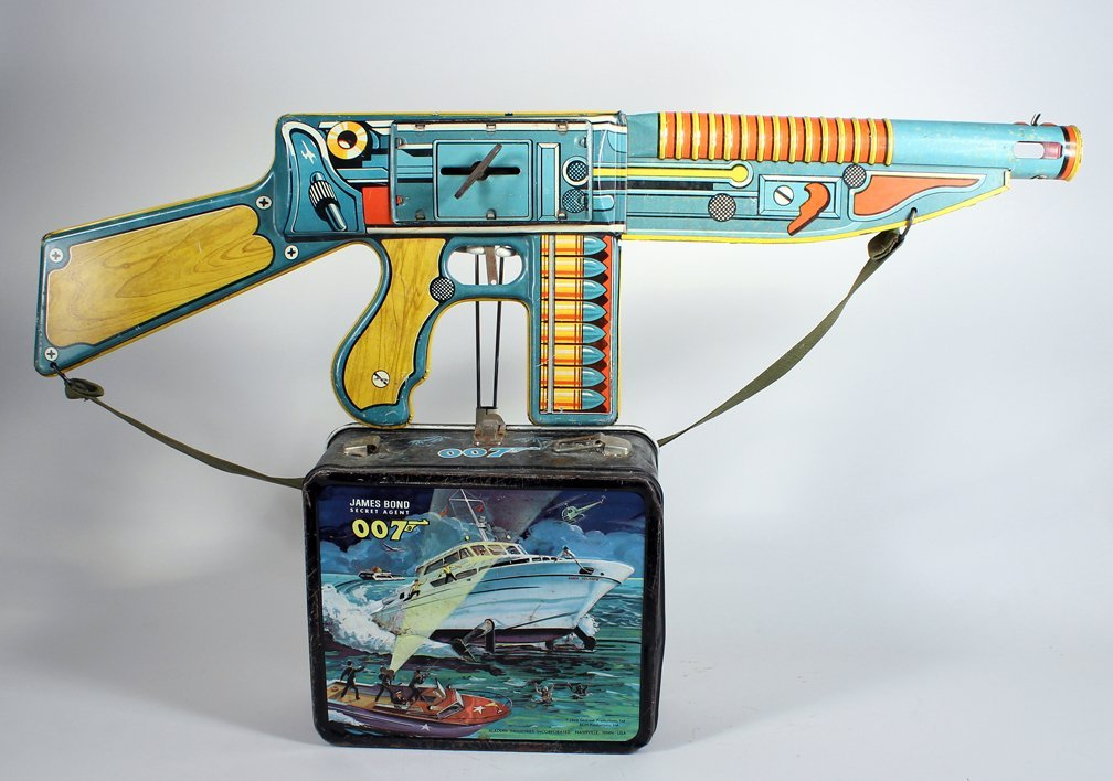 James Bond 007 Lunch Box & Unique Art Machine Gun - 2