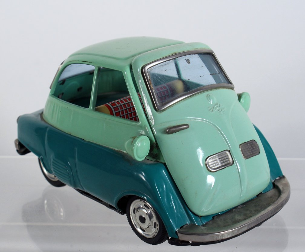 Bandai Japan Tin Isetta Friction Car