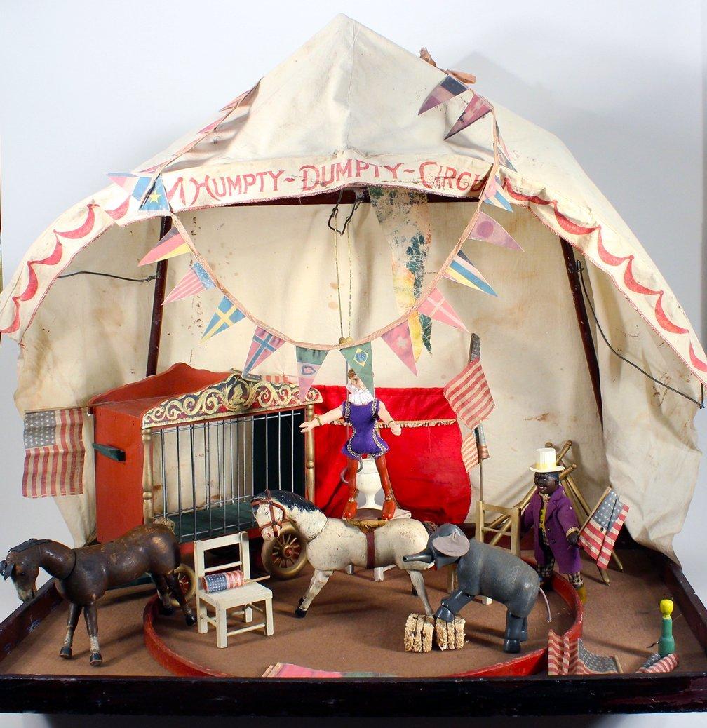 Schoenhut Humpty Dumpty Circus Tent & Figures