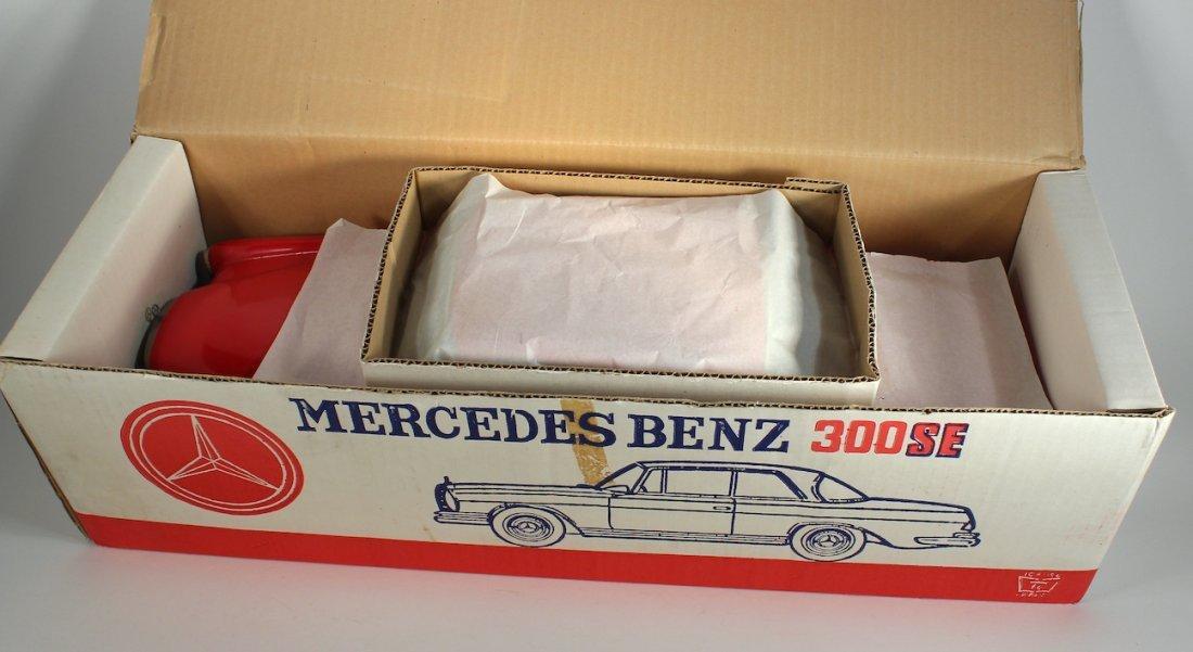 Ichiko Japan Tin Mercedes 300 SE in Box - 3