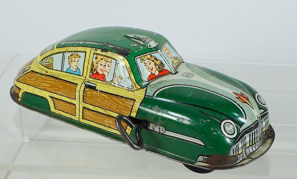 Marx Woodie Station Wagon with Family Litho