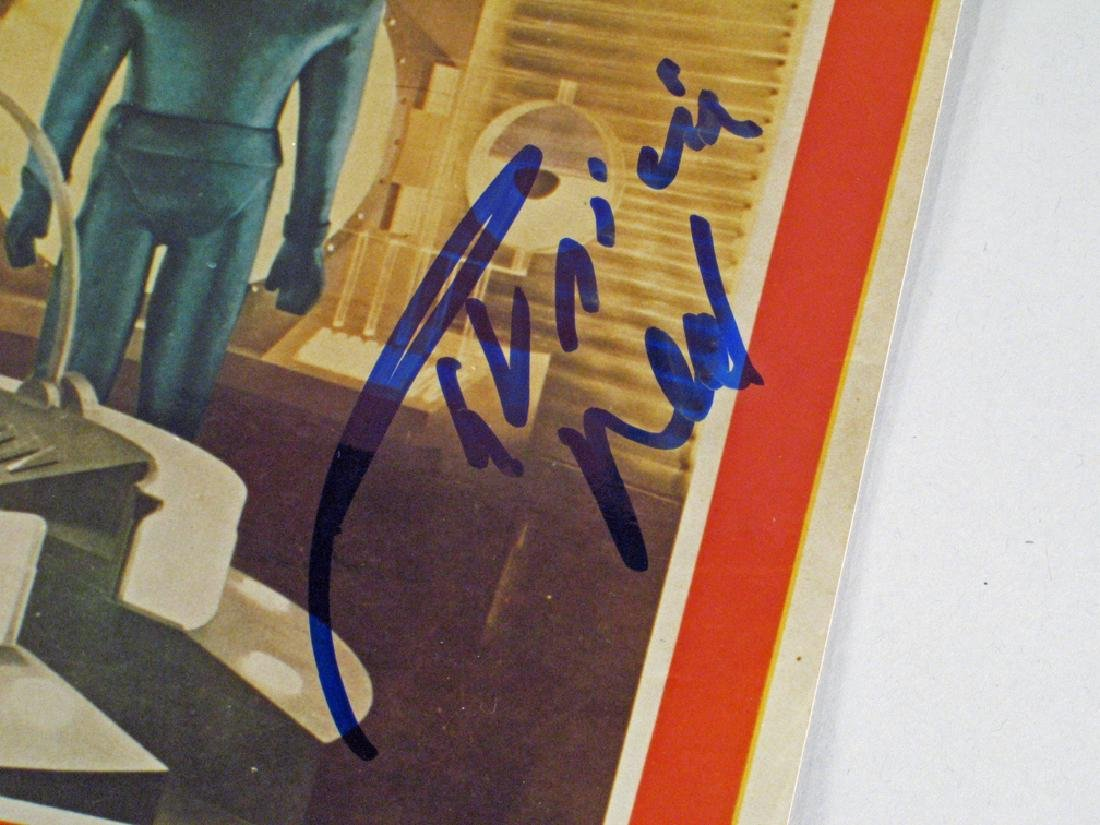 Day The Earth Stood Still Patricia Neal Autograph - 2