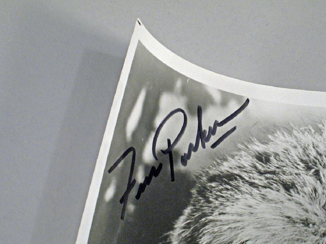 Fess Parker Daniel Boone Autograph Lot Glossy's - 4
