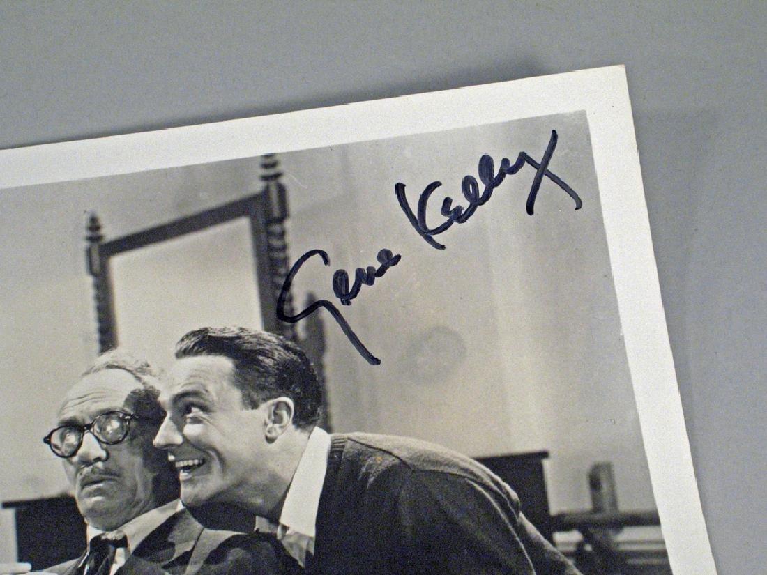 Gene Kelly Glossy Photo Movie Scene Autograph - 2