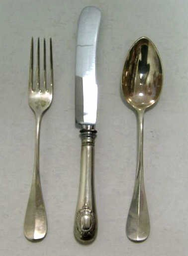 318: CONTINENTAL .800 SILVER FLATWARE SET