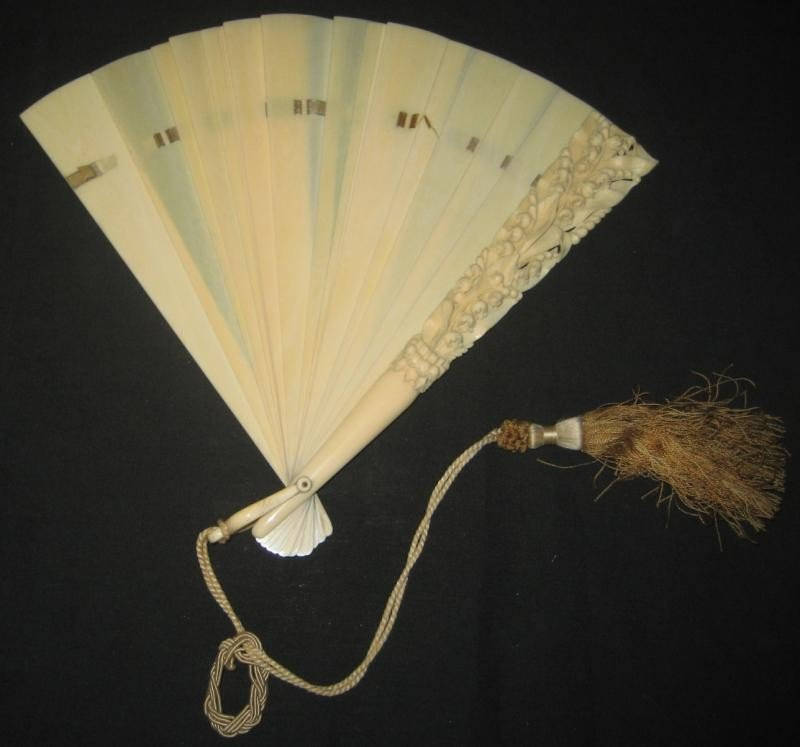 505: ANTIQUE CARVED IVORY FOLDING HAND FAN