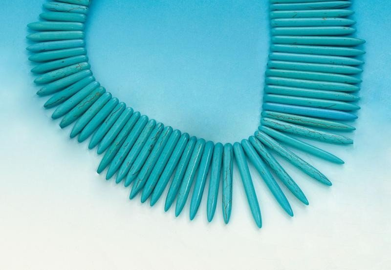 641: TURQUOISE NECKLACE