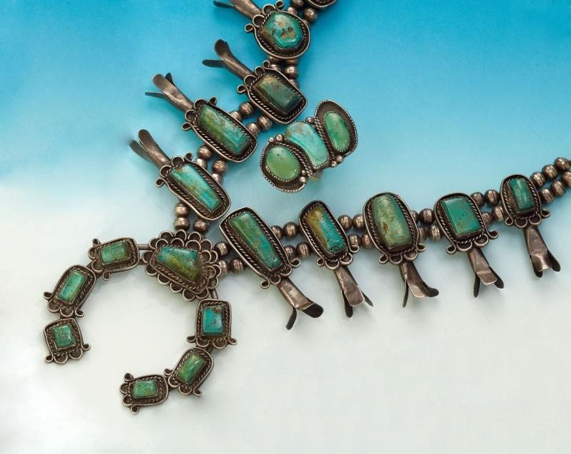 643: TURQUOISE SQUASH BLOSSOM NECKLACE