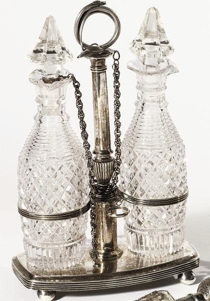 328: DUTCH SILVER AND GLASS CRUET STAND
