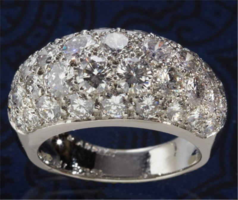 1013: DIAMOND RING, VAN CLEEF AND ARPELS